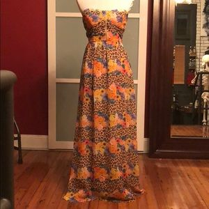 Floral strapless maxi with side zip